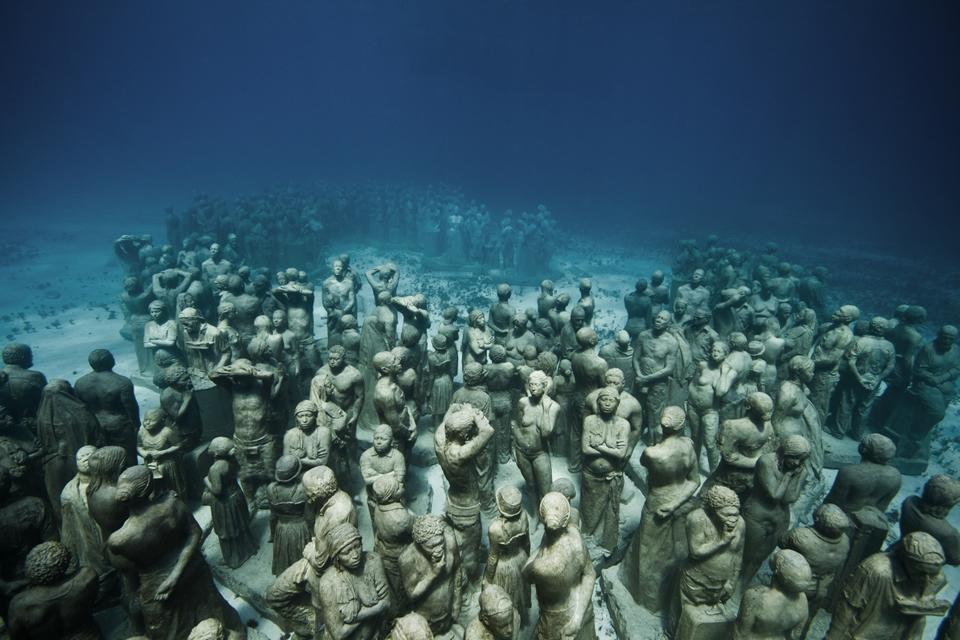 Silent Evolution_Mexico_clean_Jason deCaires Taylor_Sculpture