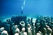 Silent Evolution_Mexico_clean_diver_Jason deCaires Taylor_Sculpture